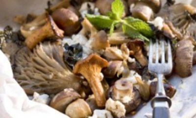 Recept voor ovenpakketje met paddenstoelen, munt en geitenkaas