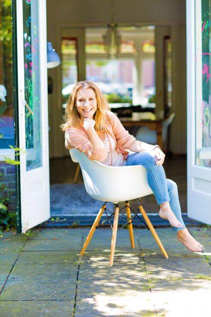 Schrijfster en actrice Elle van Rijn is weer gelukkig na haar scheiding