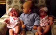 Baby snapt niks van tweeling