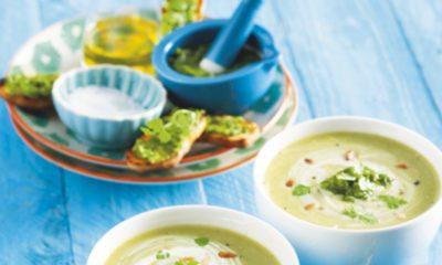 Recept voor courgettesoep met kervelpesto