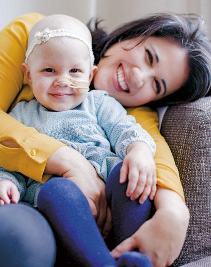 Vriendin 8: Carolina's dochtertje onderging een stamceltransplantatie