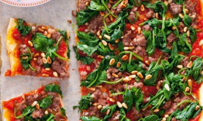 Recept voor Libanese plaatpizza met gehakt en spinazie