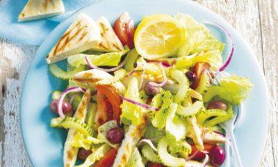 Recept voor Griekse salade met gegrilde kipfilet