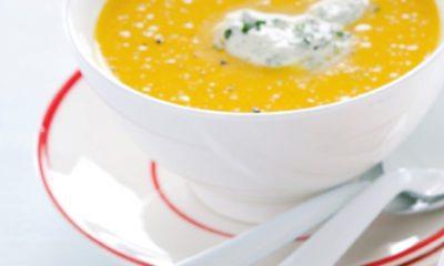 Recept voor gele paprikasoep met kruidencrème