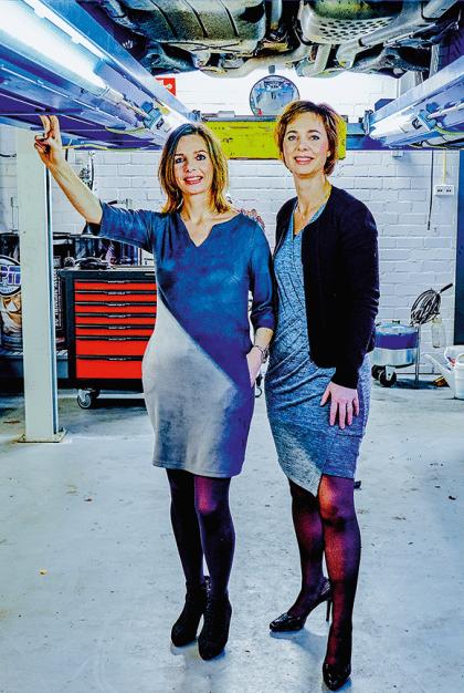 Mariëlle en Janita begonnen de eerste vrouwengarage van Nederland