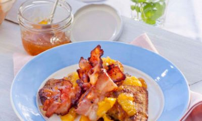 Recept voor wentelteefjes van rozijnenbrood met spek en citrus-gembersiroop