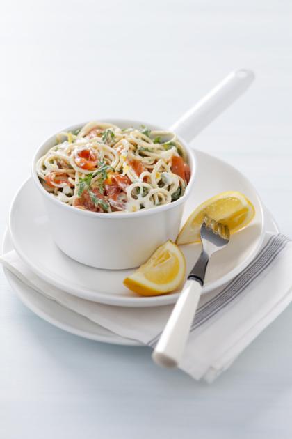 Recept voor spaghetti met gerookte zalm en rucola