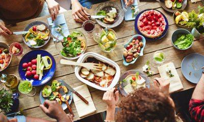 Eten met familie en vrienden
