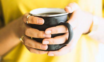 Zo verwijder je koffievlekken