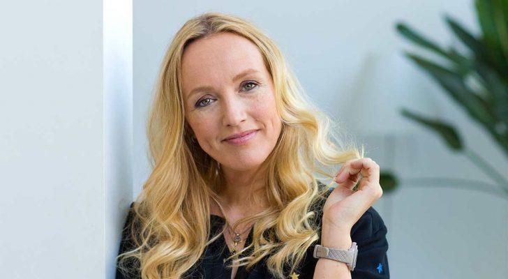 Mel Wallis de Vries: 'Ik gebruik allerlei trucs om lezers te blijven boeien'