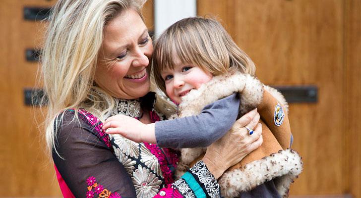 Coco werd op haar 48ste moeder: 'Dit was mijn laatste kans op een kind'