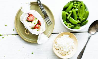 Recept voor kiptoffee met groene groentjes en ronde rijst