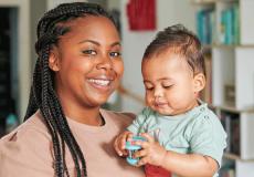 'Ik kreeg mijn zoon dankzij de eicel van mijn zus'