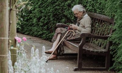 Hilde: 'Ik ben te druk om mijn eenzame moeder te bezoeken'