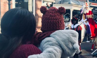 Anouk wil niet liegen over Sinterklaas: 'Het voelt niet goed tegenover mijn kind'