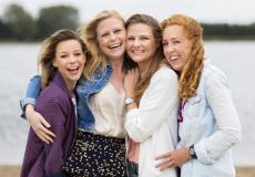 Vier vriendinnen: 'Onze vriendschap is veel sterker dan onze anorexia'