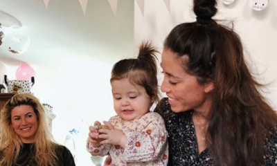Naomi van As deelt té lieve foto van dochtertje Kae